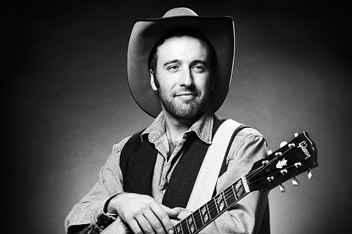 Luke Bell Live Country Music